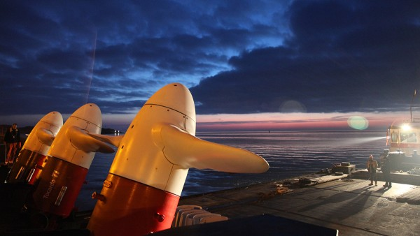 Schaeffler is een wereldwijd gevraagde partner voor lageroplossingen als het gaat om stroomopwekking uit maritieme energie, bijv. voor de lagerposities in de turbines.