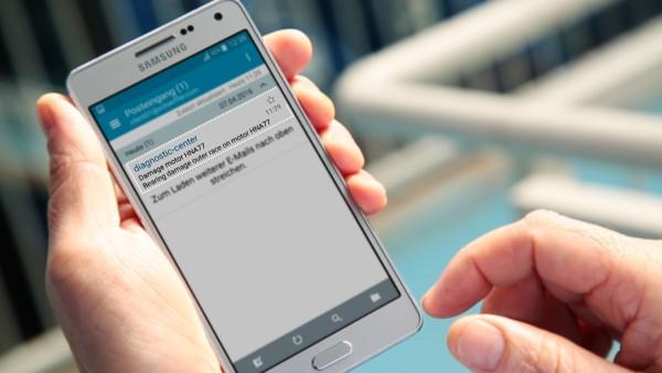 """Machine-operators ontvangen meldingen per e-mail van de digitale service """"ConditionAnalyzer"""" en kunnen deze eenvoudig via hun mobiel apparaat inzien."""